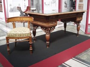 Hansen widmete sich auch der kompletten Innenraumgestaltung, die u.a. Tische und Stühle umfasste. Foto: wohndesigners