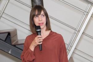 Kathrina Dankl, Designerin von danklhampl und Jurysprecherin, erläuterte die Entscheidungen. Foto: Jana Madzigon / artista.at