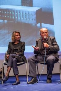 Francesca Molteni (Molteni&C) und Salvatore Licitra (Gio Ponti Archiv) gaben Einblick in die neue Kollektion sowie Gio Pontis Leben und Schaffen. Foto: Nadine Poncioni