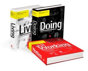 """Mit dem Red Dot Design Yearbook 2013/14 gibt es die ganze Welt aktuellen Designs in drei Bänden - """"Living"""", """"Doing"""" und """"Working"""" zum Nachschlagen. Foto: Red Dot GmbH & Co. KG"""