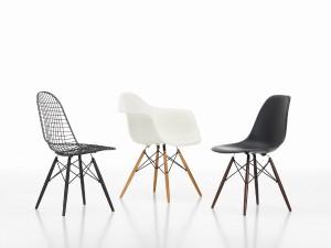 Das Vitra-Portfolio umfasst moderne Möbel und Design-Klassiker. Nur ein Beispiel davon: Der Wire Chair Eames Plastic Armchair Eames Plastic Side Chair, DAW DSW DKW Group, von Charles & Ray Eames (1950). Fotograf: Marc Eggimann. Foto: © Vitra