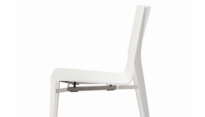 Ein stuhl mit charakter wohndesigners for Stuhl design award
