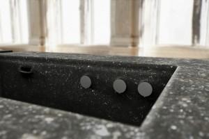 Raffinierte Details der in St. Martin gefertigten Küche zeugen von steininger.designers Know How und Können. Foto: steininger.designers GmbH