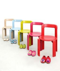 In vielen bunten Farben bringt Rey Junior von Dietiker Design in Kinderzimmer und –gärten. Foto: © Nora Dal Cero