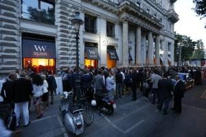 Rund 500 Gäste feierten mit NWW und KAPO das Grand Opening des neuen Flagshipstore. Foto: © Neue Wiener Werkstätte