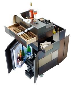 """Minimalistisches Design, opulente Materialien, raffinierte Funktionen """"inside"""" – die Nomad Deluxe Line hat es in sich. Foto: Nomad Kitchen"""