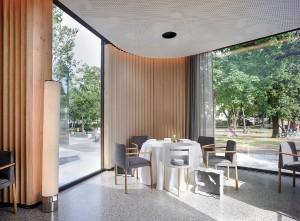Im Steirereck in Wien komplettieren 70 Thonet-Stühle der Produktlinie 190 das Ambiente. Foto: Thonet/Helmut Pierer