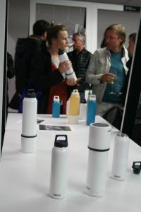 Unter anderem zu erleben: Die von Thilo Alex Brunner und Jörg Mettler neu interpretierten Thermosflaschen von SIGG. Foto: WOHNDESIGNERS