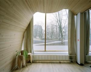 Die Alvar Aalto-Ausstellung ergänzen Arbeiten von Armin Linke wie Bibliothek in Viipuri (Vyborg), Karelien (heute Russland), Alvar Aalto, 1927–1935. Foto: © Armin Linke, VG Bild-Kunst, Bonn 2014