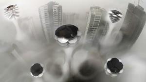 """""""UrbanCONE"""" von Michał Pośpiech, ein tannenzapfenförmiger, fliegender Luftreiniger. Foto: © Electrolux"""