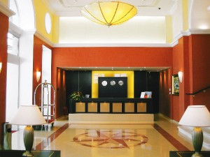 Vom Eingangsbereich bis ins Detail - das Design-Duo liefert Lösungen für alle Bereiche. Foto: © VIENNA INTERIORS