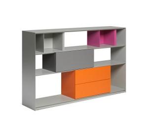 Das Systemmöbel STACK von müller möbelfabrikation ist Sideboard, Regal oder auch Raumteiler. Foto: müller möbelfabrikation