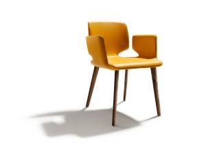 """""""aye"""" von TEAM 7 – einen Einblick in seinen Entstehungsprozess gibt der Naturholzmöbel-Hersteller bei der """"Design 2014"""". Foto: TEAM 7"""