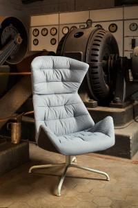 """Bequemer Sitzkomfort, intelligente Technik """"inside"""" und der spezielle Stoff """"Soul"""" zeichnen die Thonet-Neuheit aus. © Thonet/Constantin Meyer"""