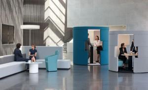 Wohlfühlfaktor Büro - die passenden Möbellösungen hat Bene u.a. mit PARCS, Causaway und Toguna parat. ©Bene AG