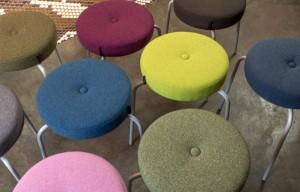 Der Möbelbezugsstoff setzt in 50 Farben Akzente. © Création Baumann AG