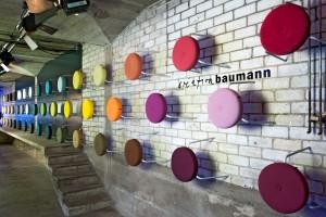 Farbenvielfalt: Von neutral bis kräftig spielt Alex die ganze Farbpalette durch. © Création Baumann AG