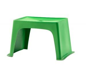 Der JUNIÖR-Kindertisch ist stylisches Pendant und hipper Duettpartner des Stuhls. © LÖFFLER GmbH