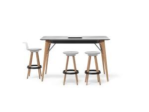 """""""TIMBA Table"""". Tisch. iF DESIGN AWARD 2015, Disziplin """"Products"""", Kategorie """"Office"""". iF gold award 2015. Design: PearsonLloyd Design Ltd. Hersteller / Auftraggeber: Bene AG. © Bene AG"""