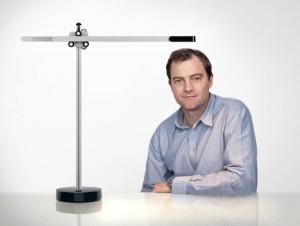 Jake Dyson goes Dyson und ergänzt mit zwei Leuchten mit innovativer Technologie, darunter CSYS, die Produktpalette. © Dyson