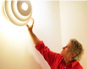Das Österreichische Institut für Licht und Farbe lädt zum Licht-Seminar. Mit dabei: Top-Vortragende wie Institutsleiter Karl A. Fischer. © Österreichisches Institut für Licht und Farbe