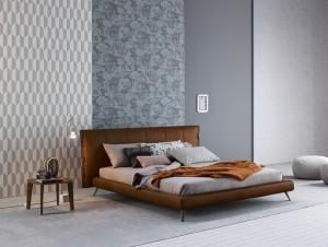 """Schlafen im Retro-Look: Das Bett """"Cuff"""" punktet mit seinen raffinierten Details. © Bonaldo S.p.A."""