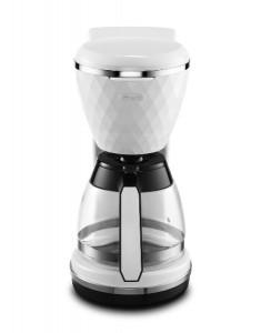 Lässig: Die Brillante Filterkaffeemaschine kommt mit Aromaglaskanne daher. © De'Longhi