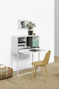 Die Oberfläche des Designer-Stuhls wird zusätzlich mit einem Finish veredelt – z.B. wie hier mit klarem Lack. © IFN/e15 Design