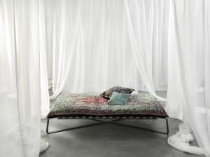 Jan Kath hat sein erstes Möbelstück kreiert: DAYDREAMER. © Jan Kath