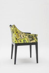 Farbenfroh und stylisch tritt der Stuhl in Erscheinung. © Kartell
