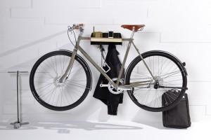 URBAN WANDROBE ist zugleich auch Fahrradgarderobe. © emform
