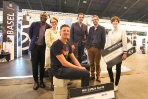 """Ein Highlight ist der MINI Designpreis, der – wie in Basel – auch in Wien in den Kategorien """"Möbel & Produkt"""" sowie """"Mode & Schmuck"""" vergeben wird. © blickfang"""
