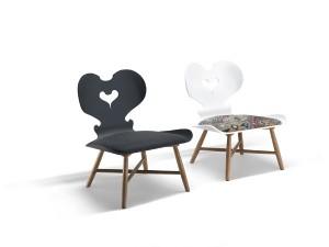 """Der neue """"Trix Lounge Chair"""" ist ab Frühjahr 2016 erhältlich. © schmidinger möbelbau/ Fotograf: Adolf Bereuter"""