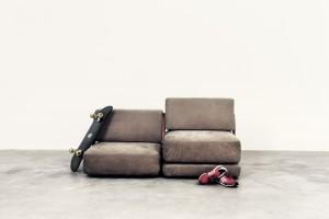 Modular: MMK Fermoir. Aus dem Sessel erwächst kinderleicht eine Sofalandschaft. © Design by Matthias Krenn