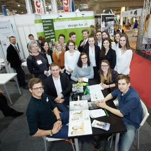 Acht Schülerteams der Grazer Ortweinschule, FR Innenarchitektur, entwarfen barrierefreie Möbelinnovationen – zu sehen auf der Bauen&Energie 2016. © design for all/APA-Fotoservice/Preiss