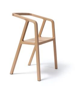 Der neue A-Chair von Thomas Feichtner für Schmidinger Möbelbau feiert Premiere. © Studio Thomas Feichtner