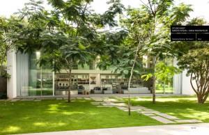 """Auf der EuroCucina 2016 vorgestellt, zeigt das Buch Wohnhäuser auf der ganzen Welt mit LEICHT Küchen """"inside"""" - wie z.B. in São Paulo. © Romulo Fialdini"""