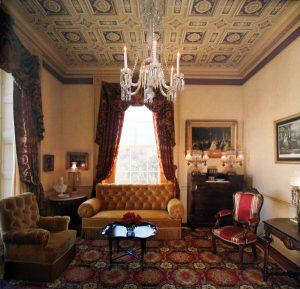 Nobel: Im Lincoln Sitting Room des White House in Washington sind sie ebenfalls zuhause. © San Leucio Silk
