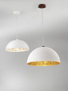 Vom Jugendstil inspiriertes, meisterlich handgefertigtes Dekor ziert die edlen Leuchten. © KOLARZ