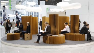 "ORGATEC zeigt Innovationen und ""Design meets movement"". © Koelnmesse"
