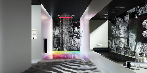 Natürlich sinnlich: Mit Sensory Sky von Dornbracht wird Duschen zum entspannenden Highlight. © Markus Jans