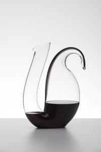 Mit der Neuheit lässt sich Wein stilvoll dekantieren. © Riedel