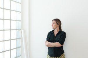 Mit ihrem Esprit bereichert die französische Designerin das internationale Designevent. © blickfang GmbH/Claire Lavabre