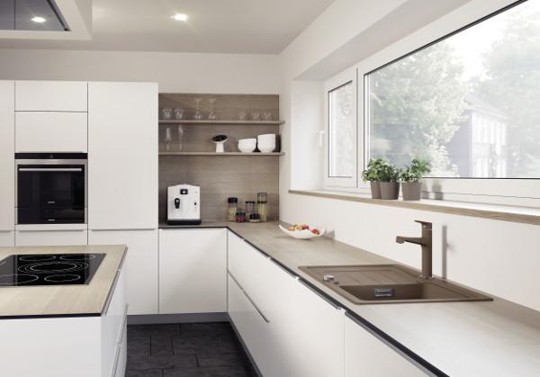mit exotischer note wohndesigners. Black Bedroom Furniture Sets. Home Design Ideas