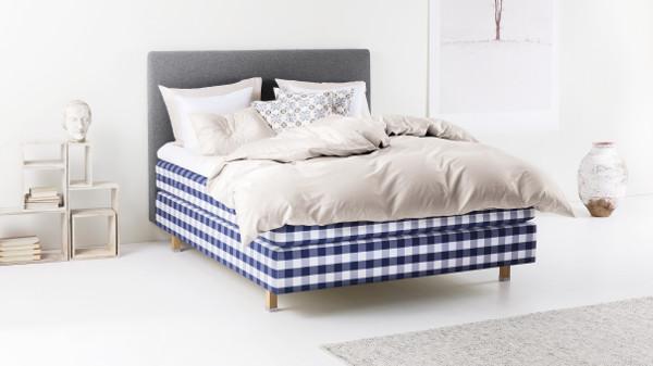 feier der ikone und qualit t wohndesigners. Black Bedroom Furniture Sets. Home Design Ideas